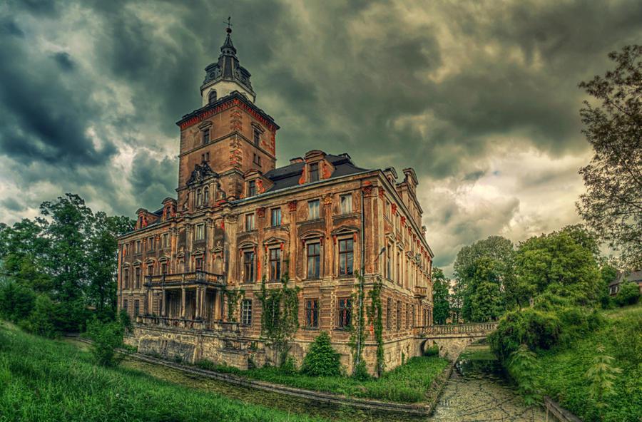 Province of the Vampire by PatiMakowska