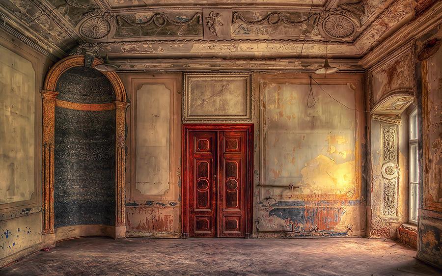 Haunted by PatiMakowska