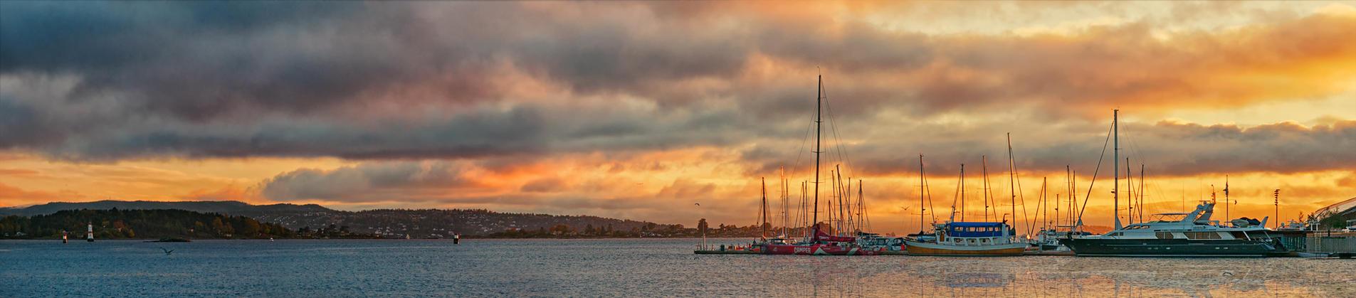 Oslo - SunSet by PatiMakowska