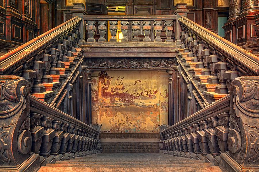 The entrance to Hogwarts by PatiMakowska