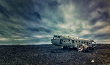 still on Iceland by PatiMakowska