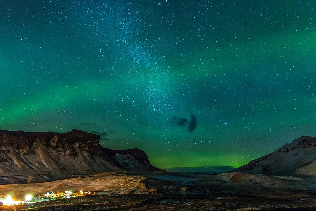 Beautiful night with a little bit Milky Way by PatiMakowska