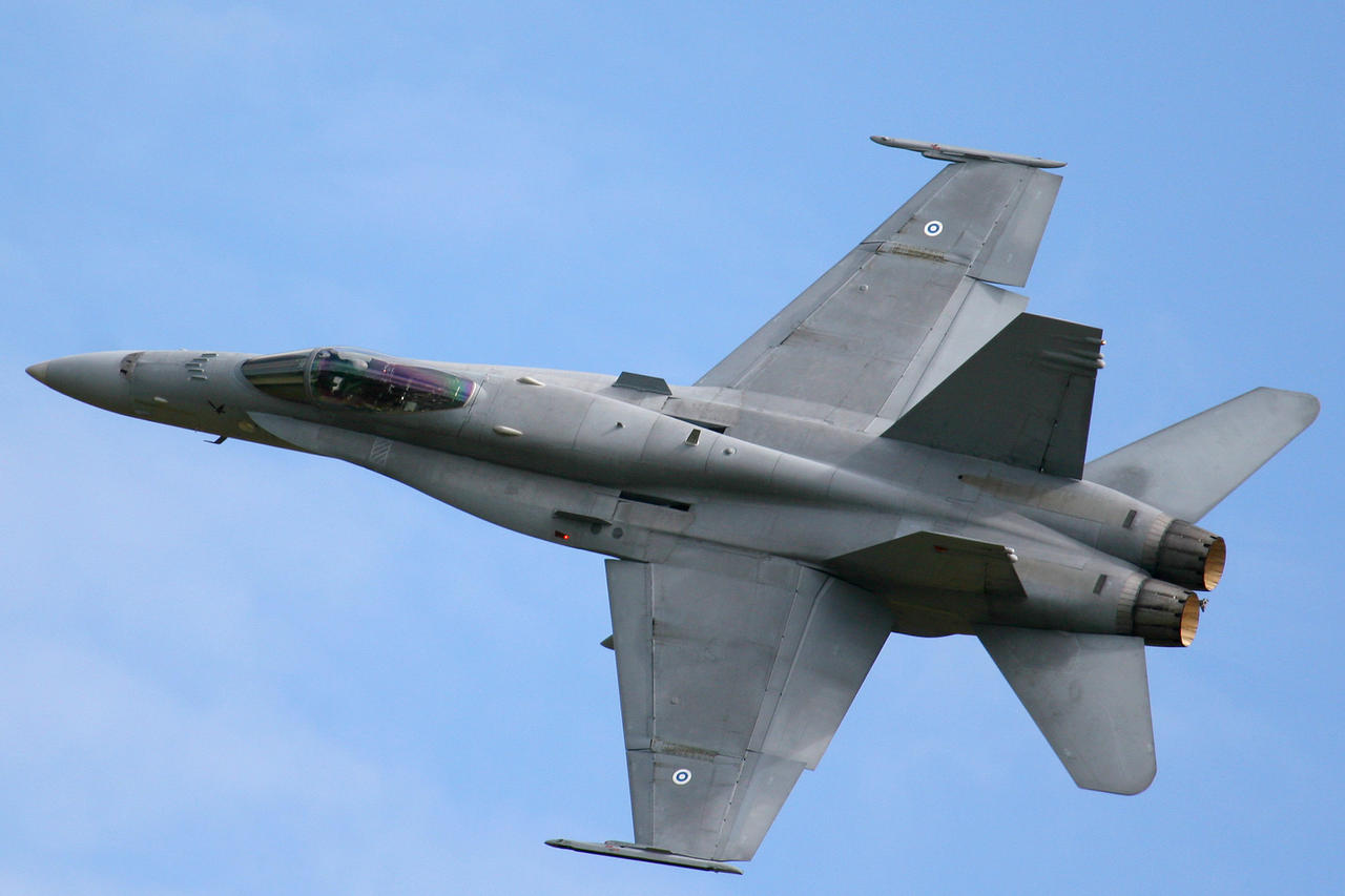 McDonnell Douglas F-18...
