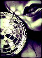 Mirrorball by apollinnaire