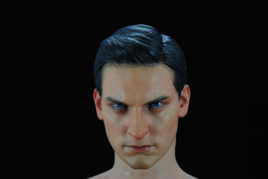 Tobey Maguire 1:6 head sculpt from hottoys by lane0201 on DeviantArt Tobey Maguire