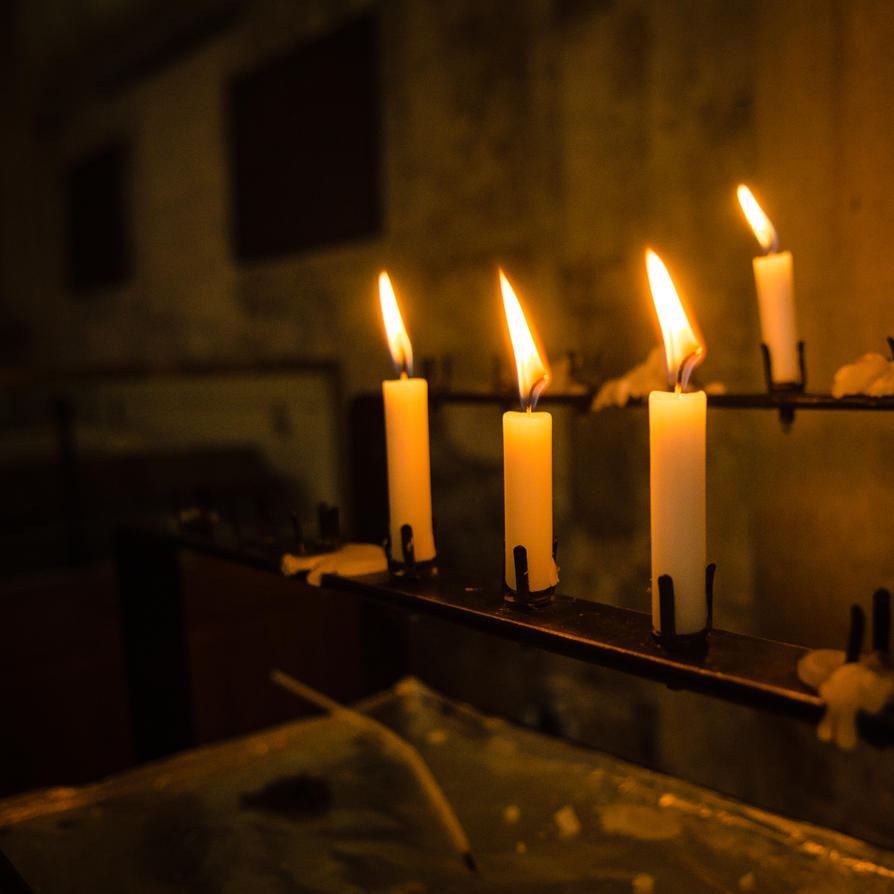 candle light in the Abbey by DegsyJonesPhoto