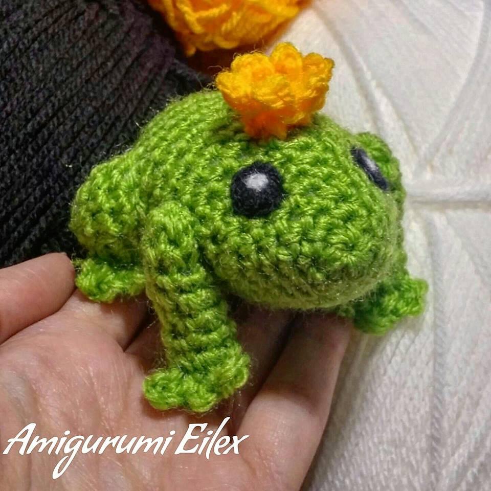 Amigurumi Frog ~ FREE Crochet Pattern | 960x960