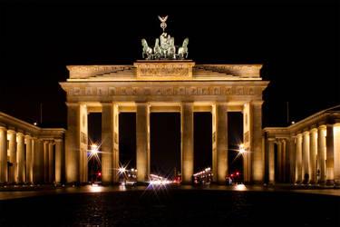 Brandenburger Tor by crazylama