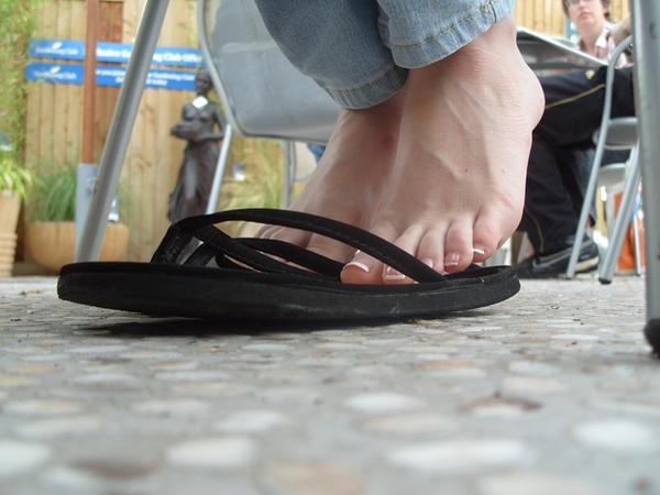 Shoe Play in Public by Foxy-Feet