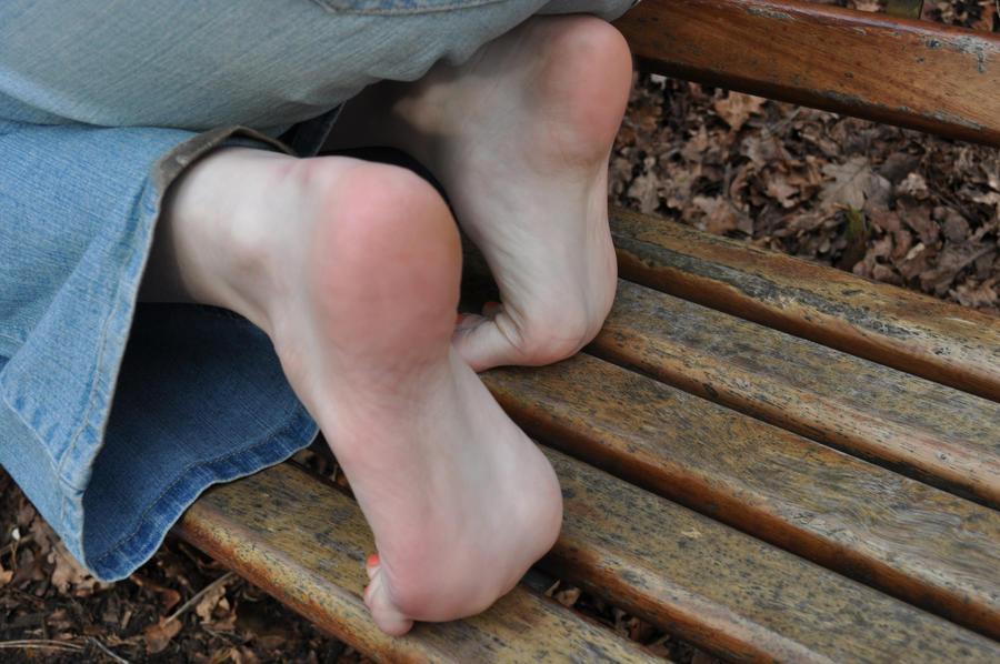 【足の甲】足フェチ総合 28足目【足の裏】 [無断転載禁止]©bbspink.comYouTube動画>39本 ->画像>784枚