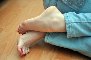 Juicy Arches by Foxy-Feet