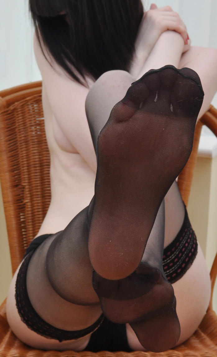 Sexy nylon pantyhose feet