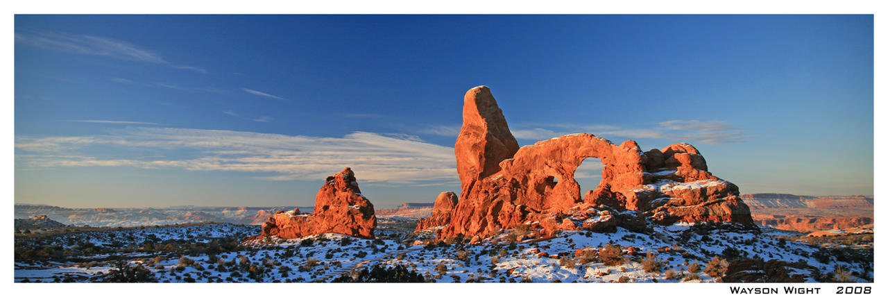 Turret Arch- Arches NP by tourofnature