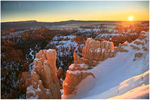Bryce Canyon Sunrise by tourofnature