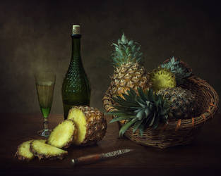 Still life with pineapple by Daykiney