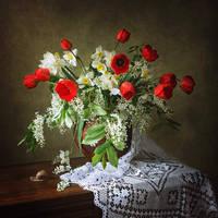 Spring flower still life by Daykiney