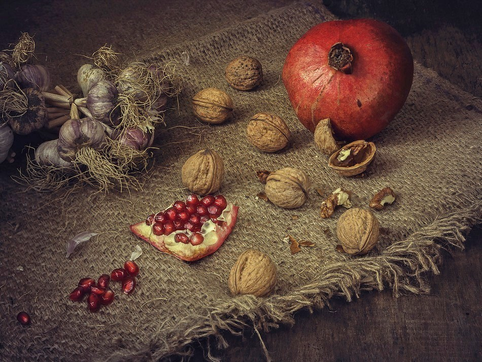 Still life with pomegranate by Daykiney