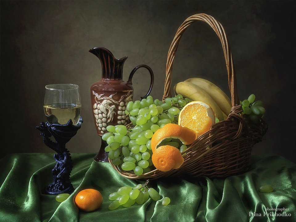 Still life with fruits and wine by Daykiney