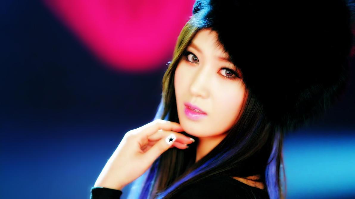 Yuri Dancing Queen