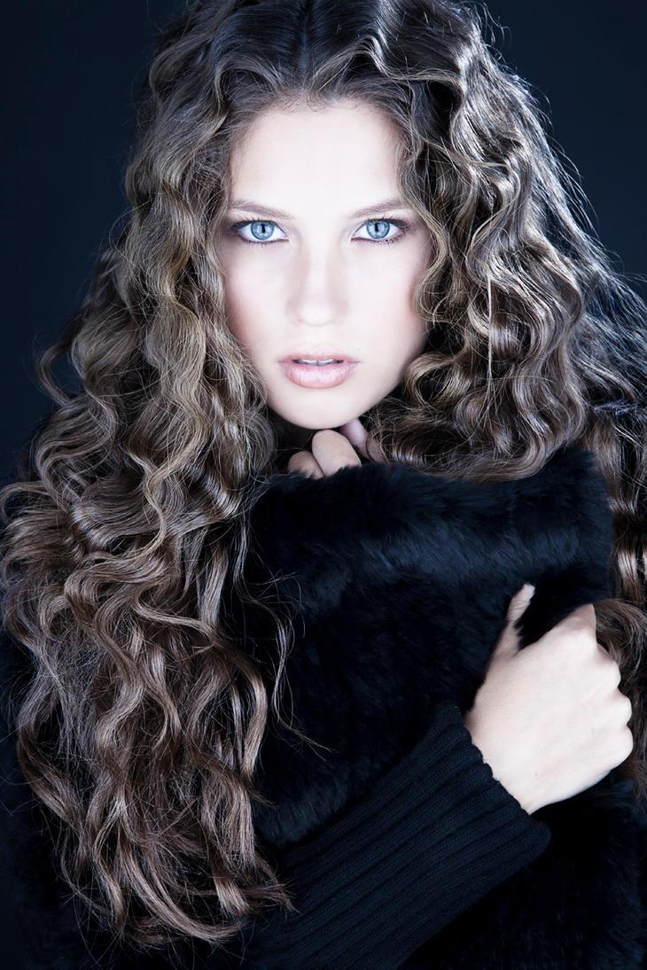 Paige I by DavidBenoliel