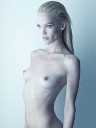 Liza nude IV by DavidBenoliel