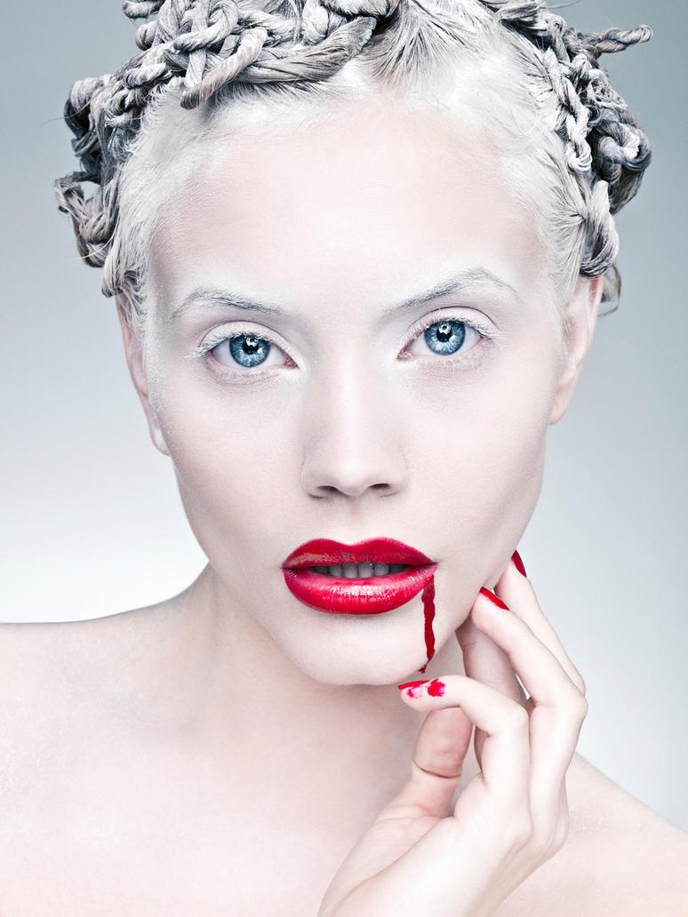 Crazy Beauty II by DavidBenoliel