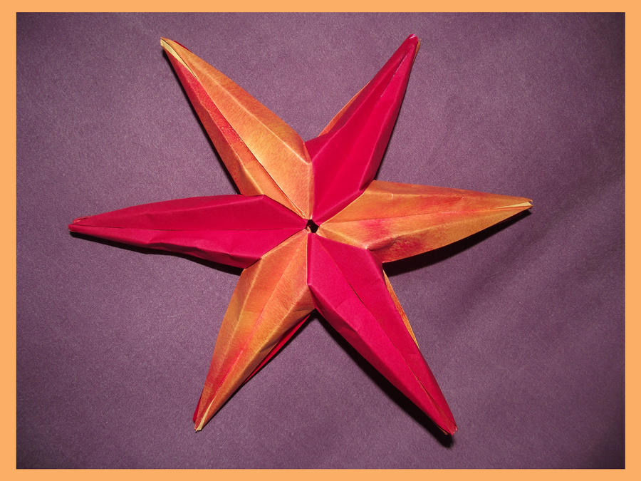 Star by Oorigami
