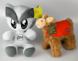 Fella and Llama Plushie Set