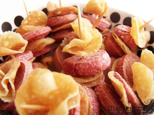Crunchy Sausage by Julyendiary