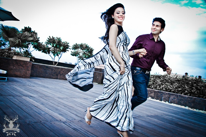 87 Indian Pre Wedding Photography Poses Look In To Eyes Indian
