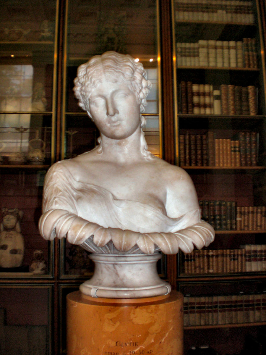 Marble bust of Clytie by Spedding-Stock