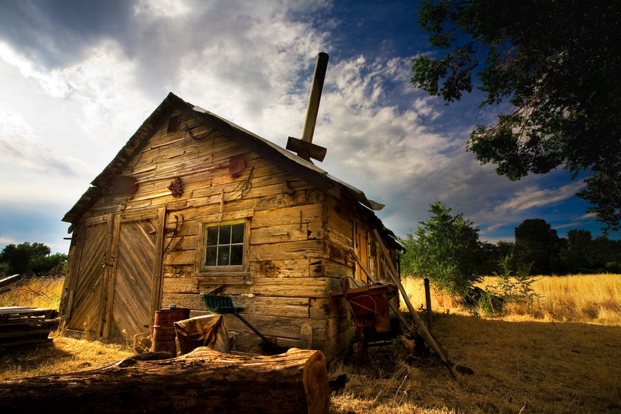 Rustic Barn by coulombic