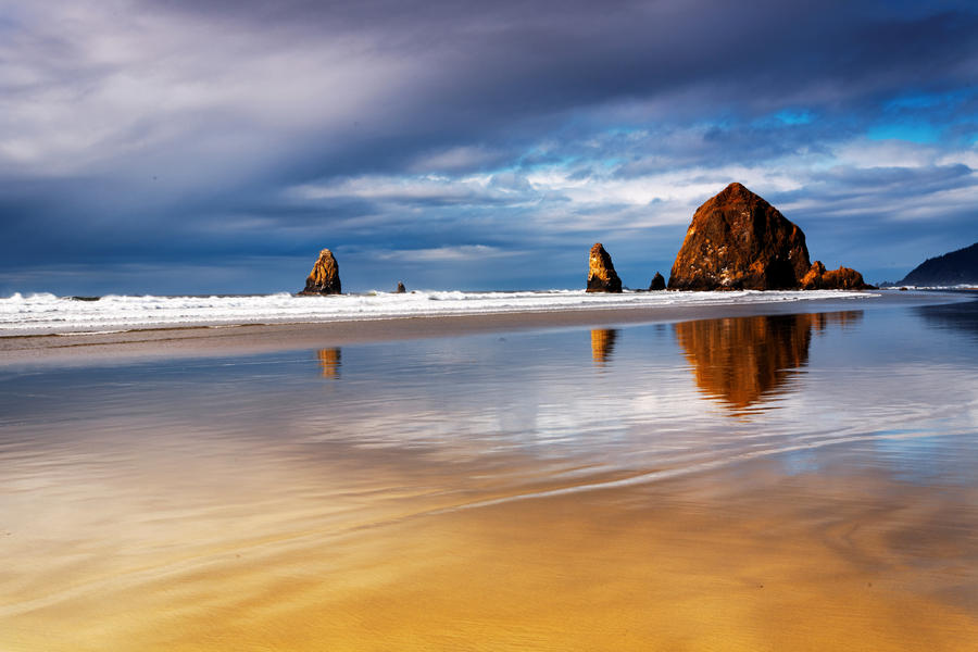 Cannon Beach, II by coulombic