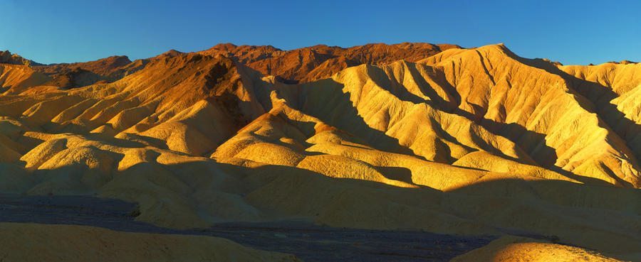 Golden Canyon by coulombic