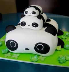 Tare Panda Cake by KralleCakes