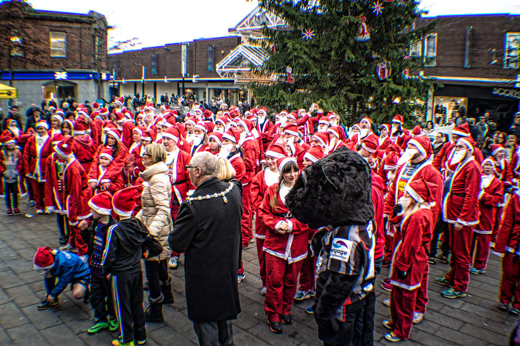 Santa Dash St Helens by DaveJones-Photograpy