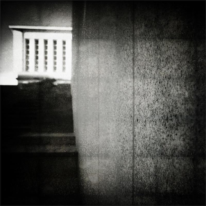 Thirty Windows by KizukiTamura
