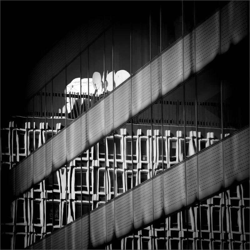 Radio Waves by KizukiTamura