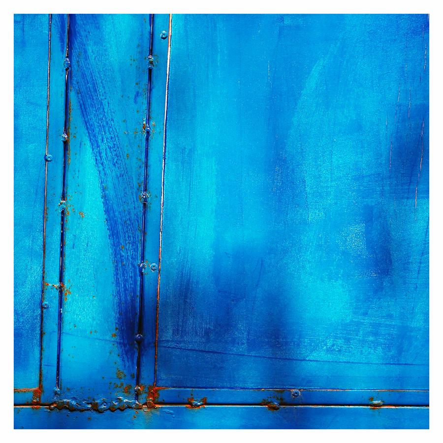 Blue As Hell by KizukiTamura