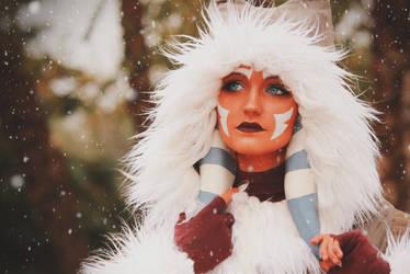 Ahsoka Tano (Winter Coat) Cosplay 1 by mblackburn
