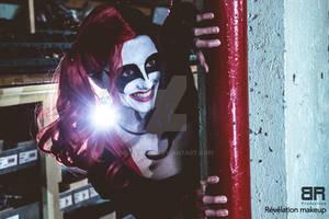 Harley Quinn Glance