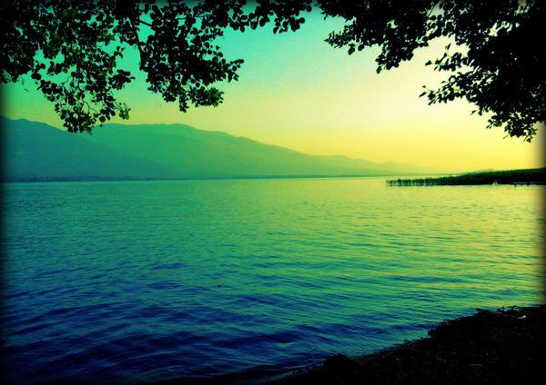Sapanca Lake by MishUMuch