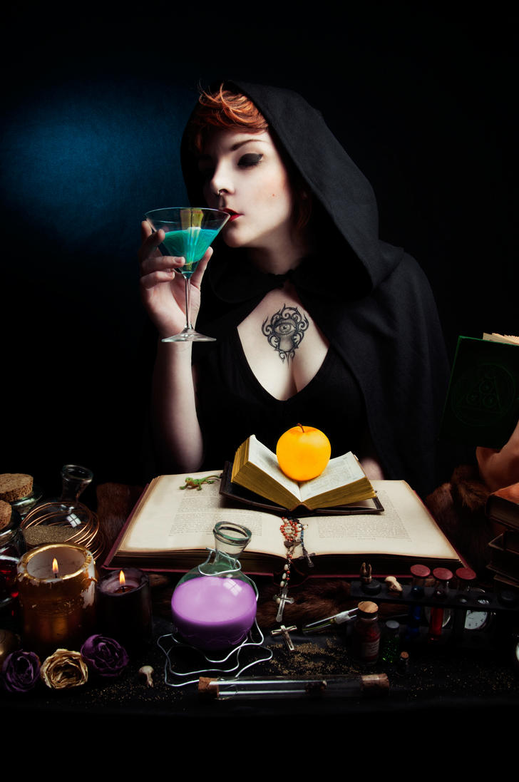 Glamour witchcraft by StudioNoirFluo