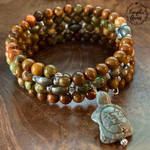 Agate Turtle Spiral Memory Wire Bracelet by ThaArtofLaughinAnnie