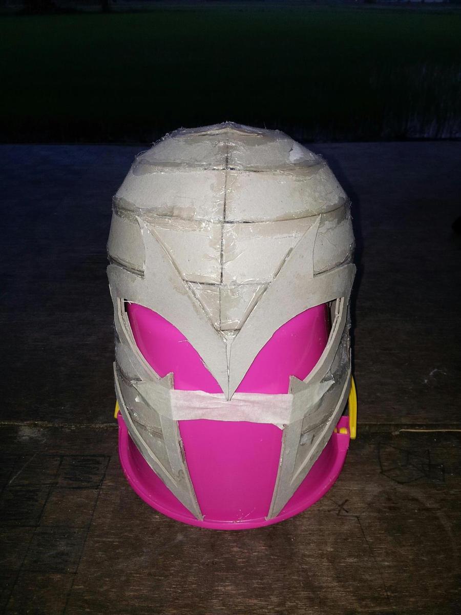 My Magneto Helmet By Izam01