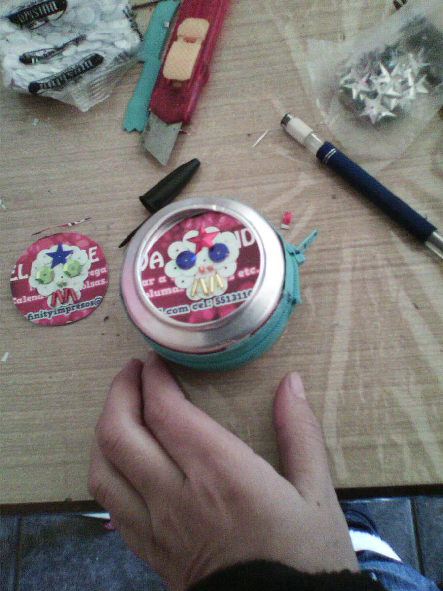 Reciclado monedero latas refresco by sahnara on deviantart - Reciclar latas de refresco ...