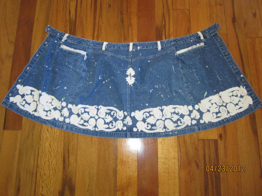 Skirt Transformation.