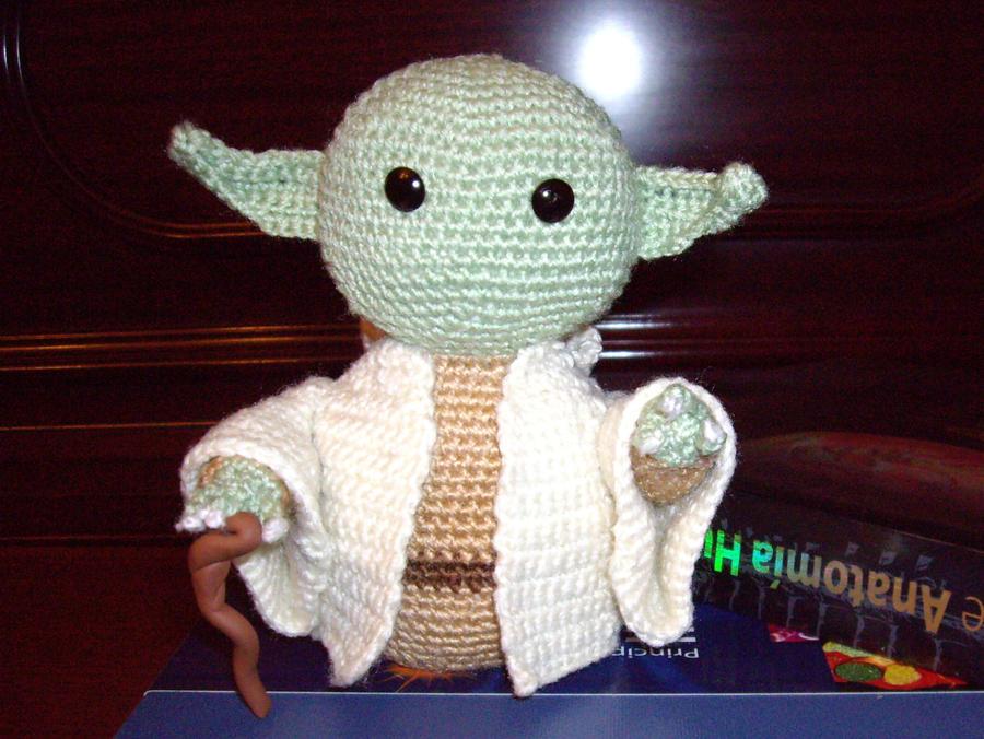 Yoda amigurumi by neferush