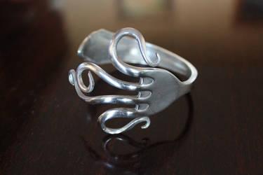 Free Design Fork Bracelet