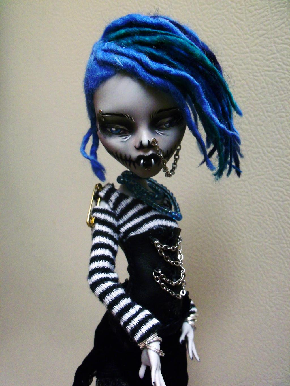 Punk Angel Ghoulia  (OOAK MH repaint fullset) by mourningwake-press